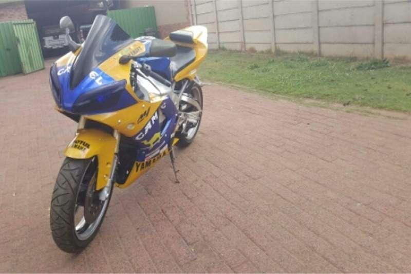 Yamaha YZF R1 2001/2002 sell or swap 0