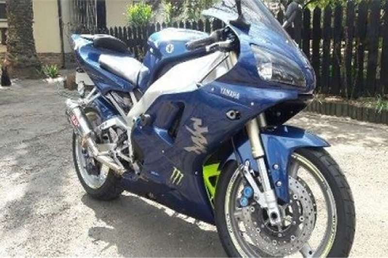 Yamaha YZF R1 for sale or to swop 0