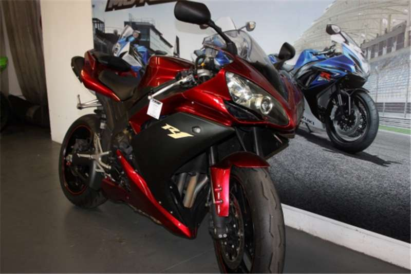 Yamaha YZF R1 Red 2007