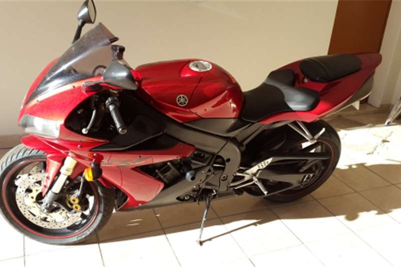 Yamaha YZF R1 to swop for a small car 2004