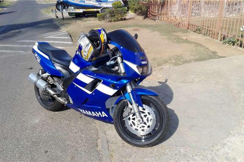 Yamaha YZF yzr1000cc 2006