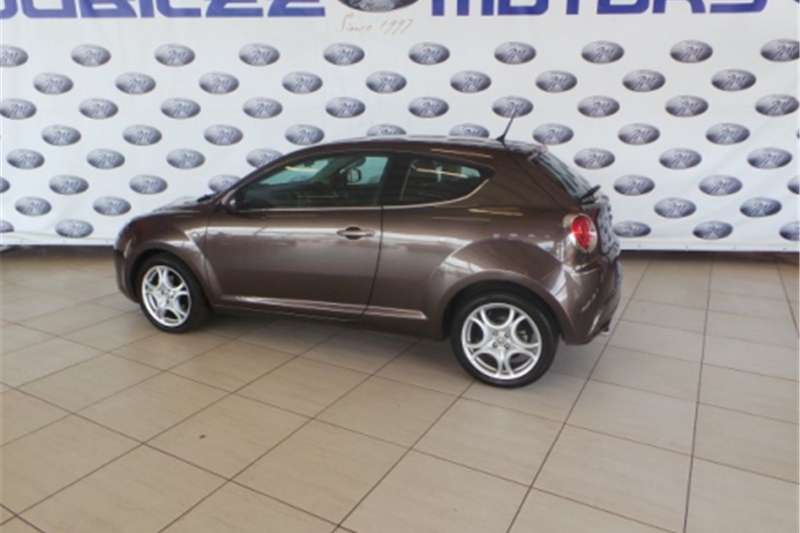 2011 alfa romeo mito 1 4 distinctive cars for sale in gauteng r 119 950 on auto mart. Black Bedroom Furniture Sets. Home Design Ideas