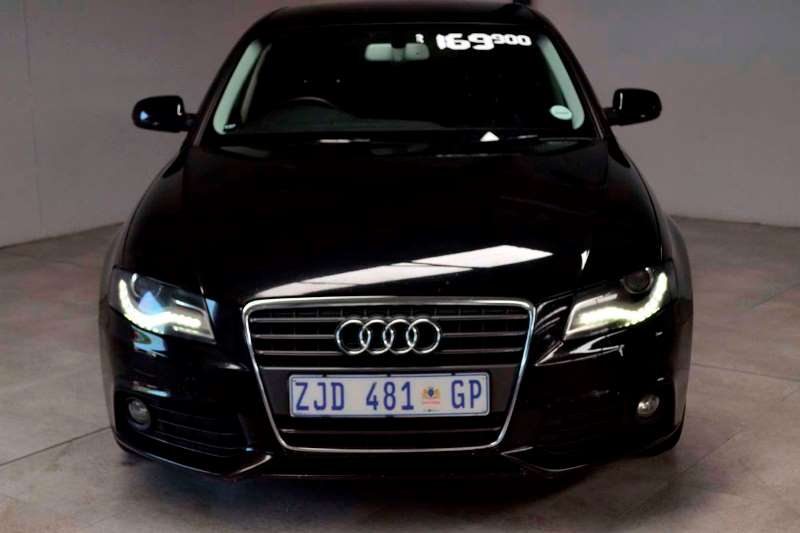 Audi A4 1.8T Attraction multitronic 2010