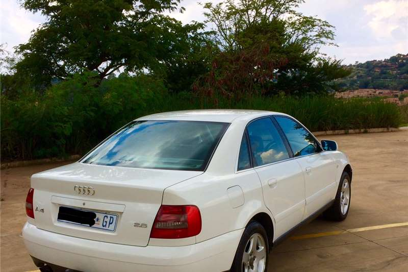 1999 audi a4 2 8 v6 executive cars for sale in gauteng r 49 900 on auto mart. Black Bedroom Furniture Sets. Home Design Ideas