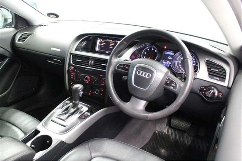 Audi A5 2.0T Auto 2011