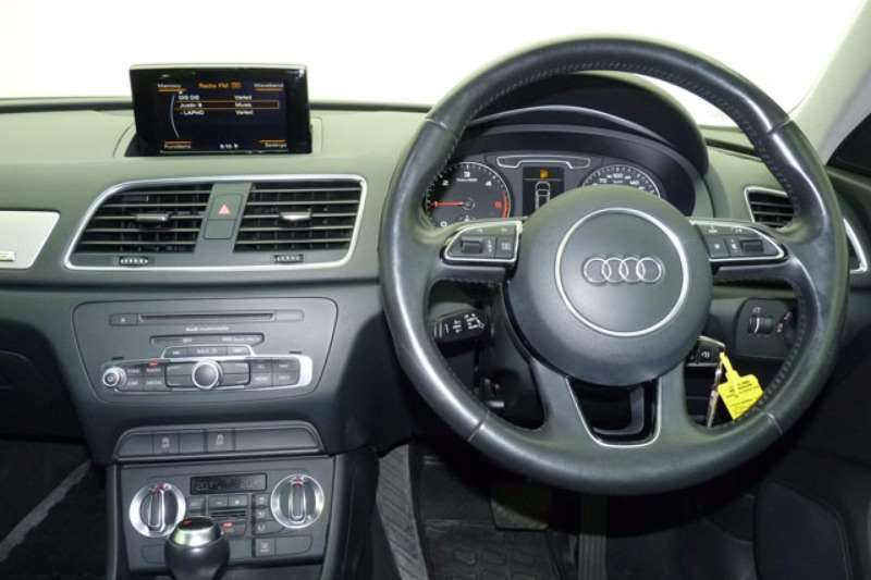 Audi Q3 2.0TDI quattro 2015