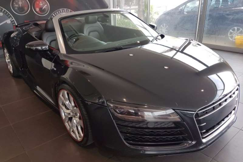 2016 audi r8 5 2 v10 spyder quattro auto convertible awd cars for sale in gauteng r 1 899. Black Bedroom Furniture Sets. Home Design Ideas