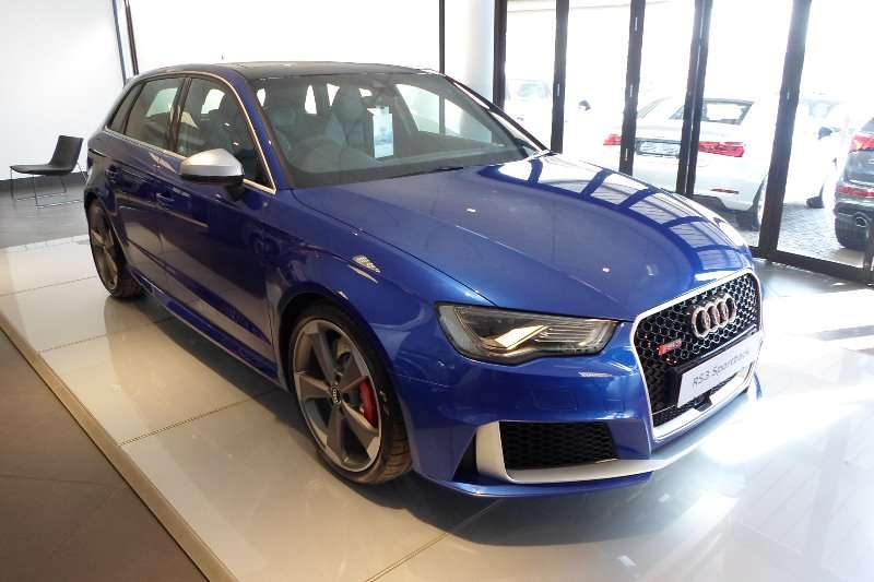 2017 audi rs3 sportback quattro hatchback petrol awd. Black Bedroom Furniture Sets. Home Design Ideas