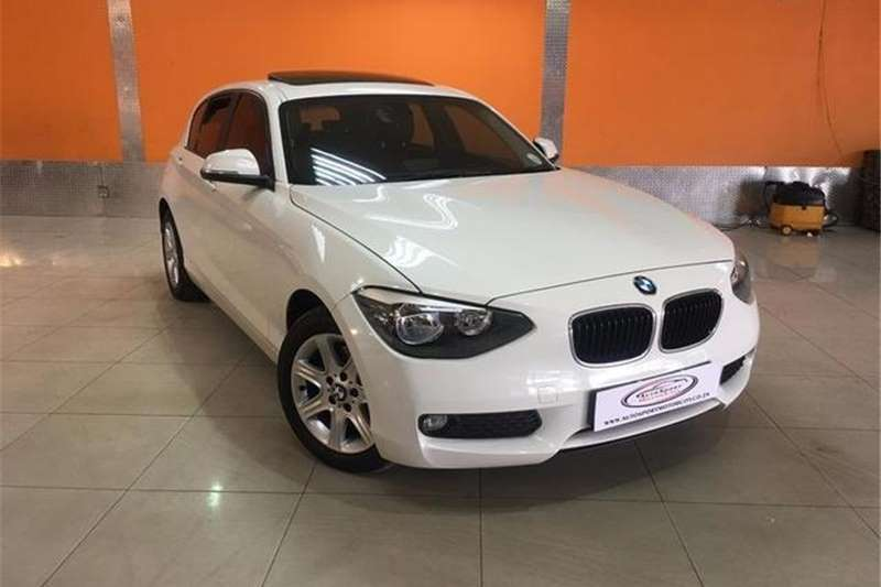 BMW 1 Series 118i 5-door 2013