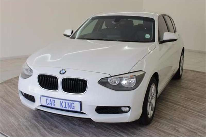 BMW 1 Series 118i 5-door 2015