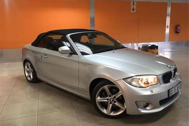 BMW 1 Series 120i convertible 2011