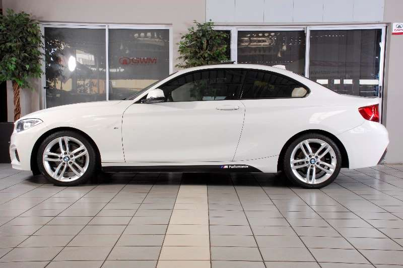 BMW 2 Series 220d coupe M Sport auto(F22) 2015