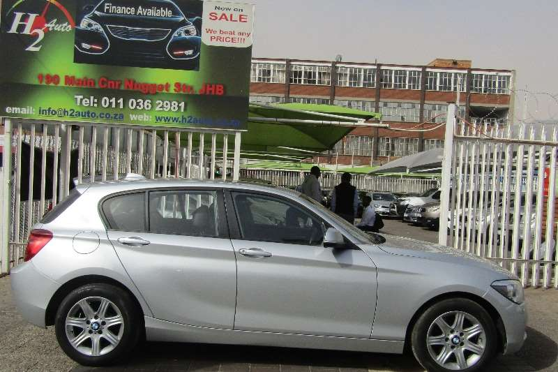 BMW 3 Series 318i Luxury Line 2014