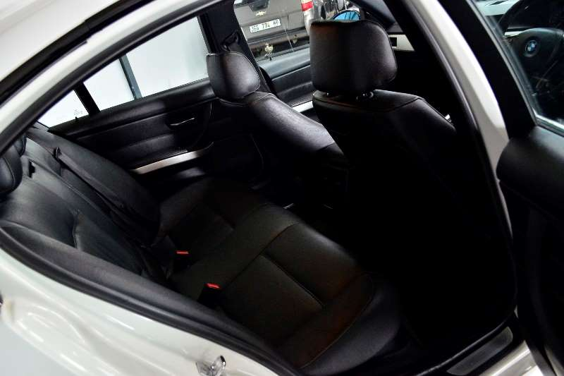 BMW 3 Series 320i steptronic 2006