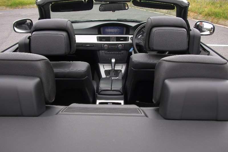 BMW 3 Series 330Ci Sport steptronic 2011