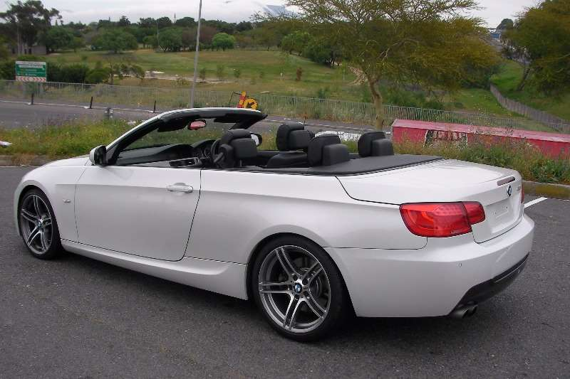 BMW 3 Series 330Ci Sport steptronic 2011