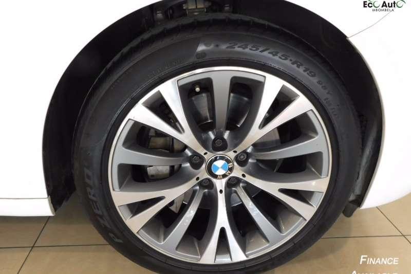 BMW 5 Series Gran Turismo 530d GT 2011