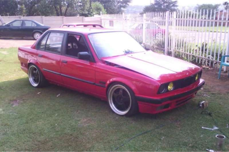 bmw e30 320 for sale cars for sale in gauteng r 26 000 on auto mart. Black Bedroom Furniture Sets. Home Design Ideas