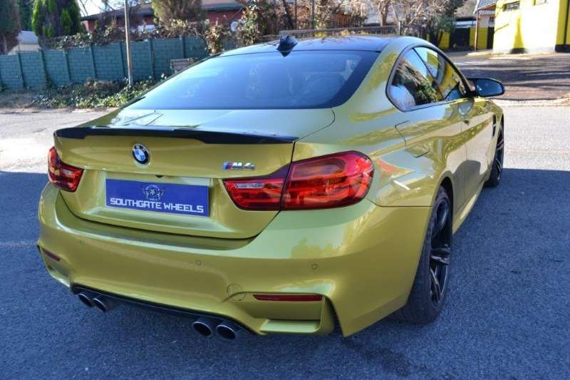 bmw m4 coupe m dct cars for sale in gauteng r 899 900 on auto mart. Black Bedroom Furniture Sets. Home Design Ideas