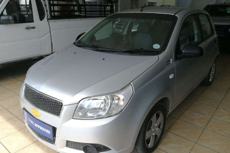 Chevrolet Aveo 1.6 L hatch 2011