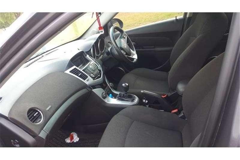 Chevrolet Cruze hatch 1.4T LS 2015