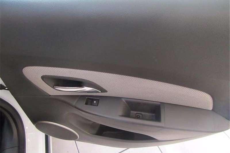 Chevrolet Cruze Sedan 1.6 LS 2010