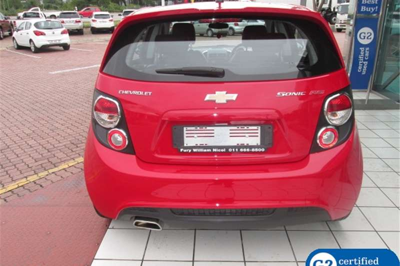 Chevrolet Sonic hatch 1.4T RS 2016