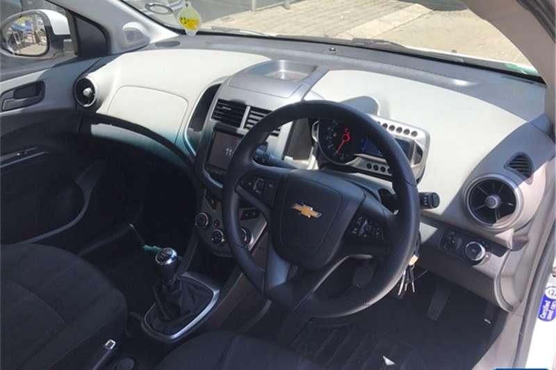Chevrolet Sonic hatch 1.6 LS 2016