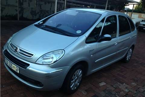 2006 citroen xsara picasso 1 6 hdi cars for sale in gauteng r 55 000 on auto mart. Black Bedroom Furniture Sets. Home Design Ideas