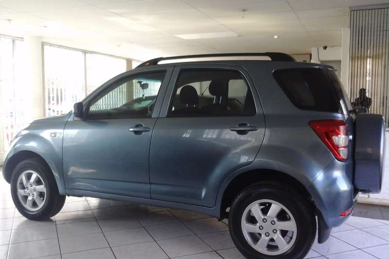 2009 daihatsu terios 1 5 special edition crossover suv petrol rwd manual cars for sale. Black Bedroom Furniture Sets. Home Design Ideas
