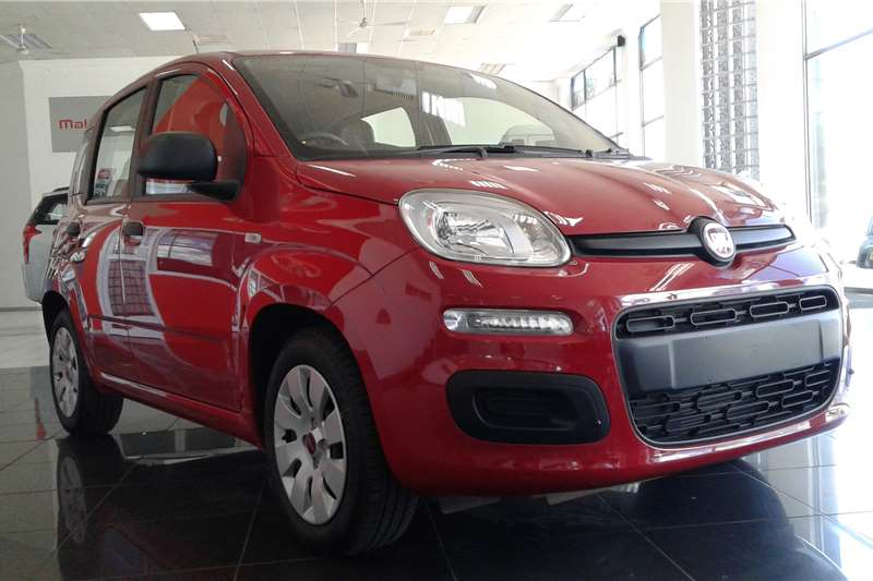 2017 fiat panda 1 2 pop hatchback petrol fwd manual cars for sale in mpumalanga r 139. Black Bedroom Furniture Sets. Home Design Ideas