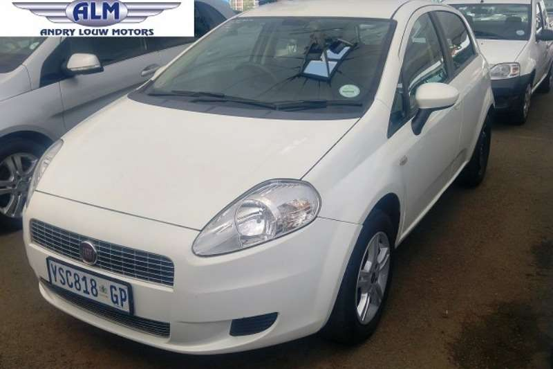 Fiat Punto 1.4 Emotion 5DR 2009