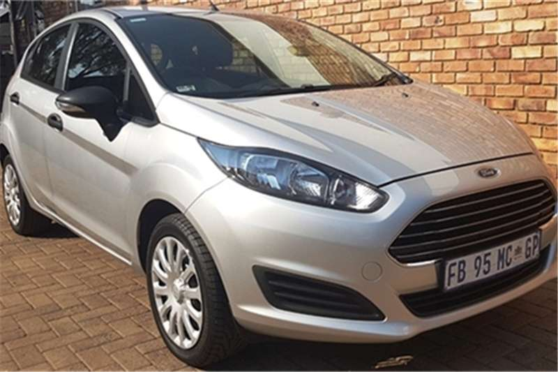 Ford Fiesta 5-door 1.0T Ambiente 2016