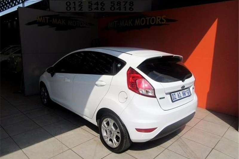Ford Fiesta 5 door 1.0T Trend 2015
