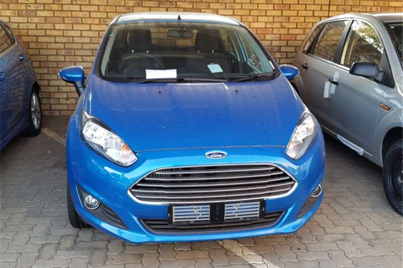 2017 ford fiesta 5 door 1 0t trend auto cars for sale in gauteng r 245 000 on auto mart. Black Bedroom Furniture Sets. Home Design Ideas
