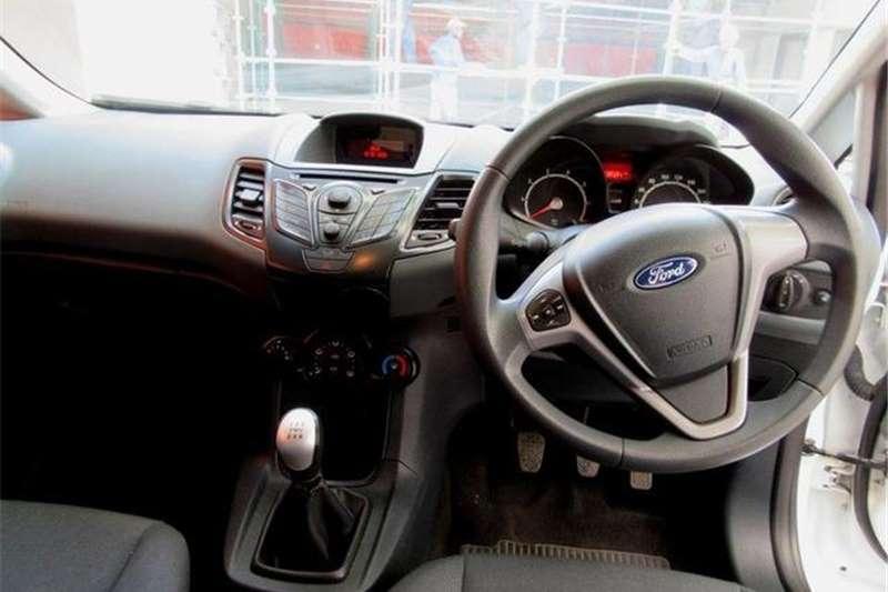 Ford Fiesta 5 door 1.4 Ambiente 2010