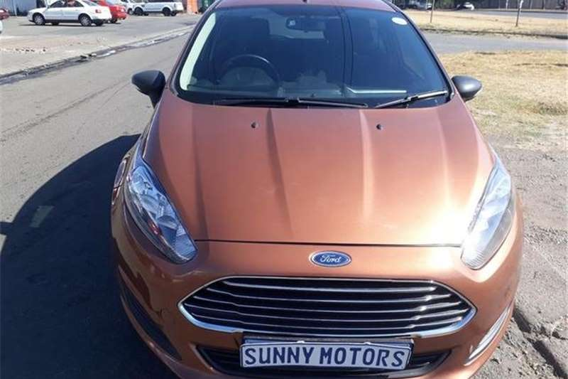 Ford Fiesta 5 Door 1.4 Ambiente (Aircon+audio) 2014