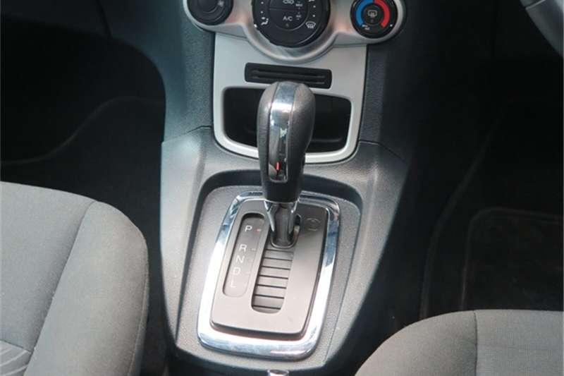 Ford Fiesta sedan 1.6 Trend auto 2011