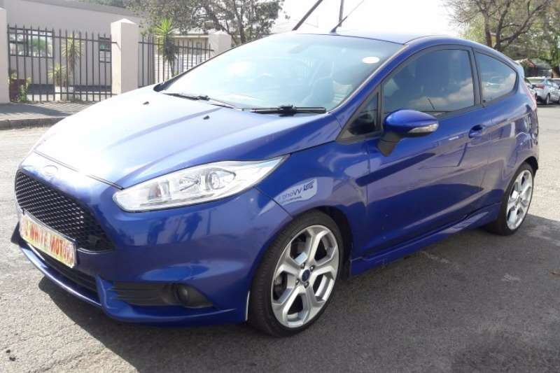 Ford Fiesta ST 1.6 ecoboost gdti 2013