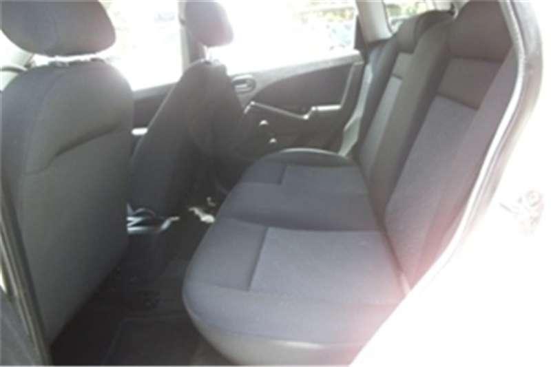 Ford Figo 1.4 Ambiente 2013