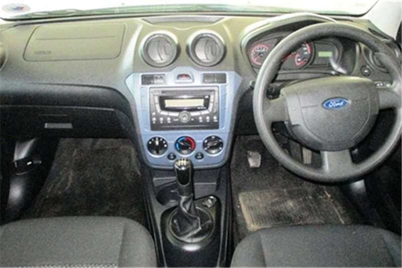 Ford Figo 1.4 Ambiente 2016