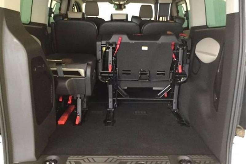 Ford Tourneo 2.2TDCi LWB 18 seat 2016