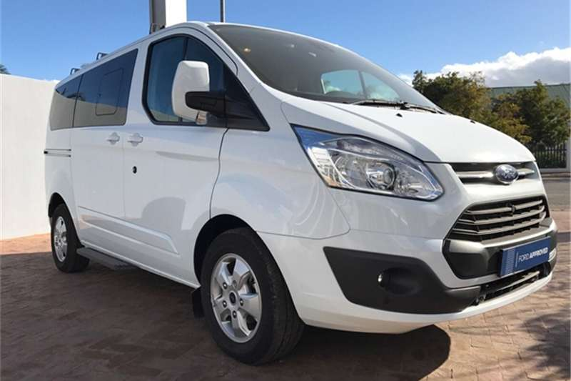 Ford Tourneo Custom 2.2TDCi SWB Limited 2017
