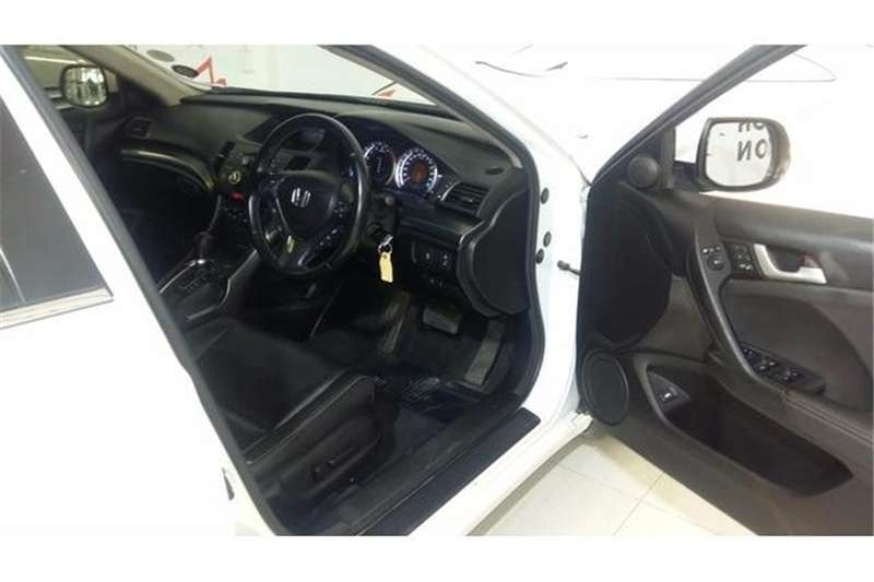 Honda Accord 2.0 automatic 2013
