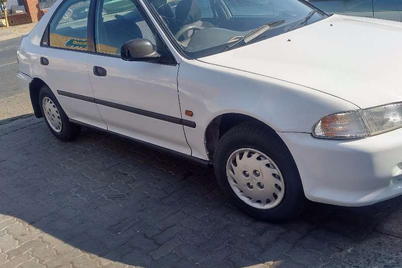 Honda Ballade 1.5 Elegance 2000