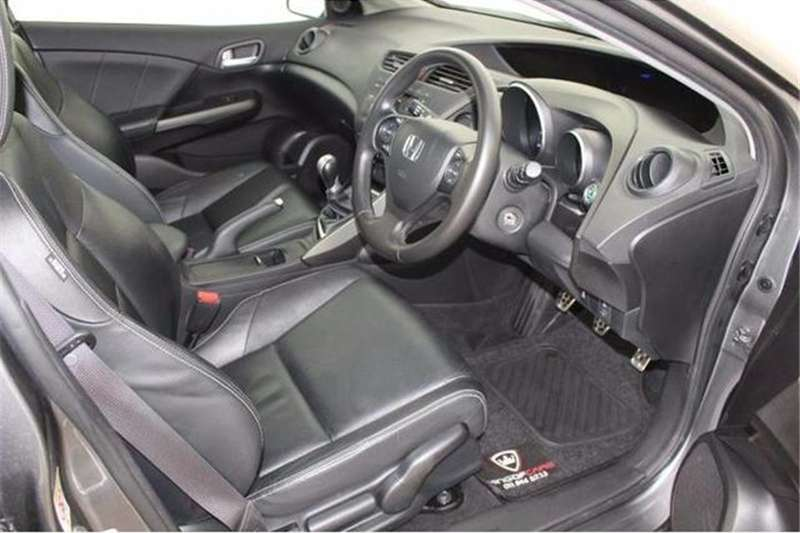 Honda Civic hatch 1.8 Executive 2015