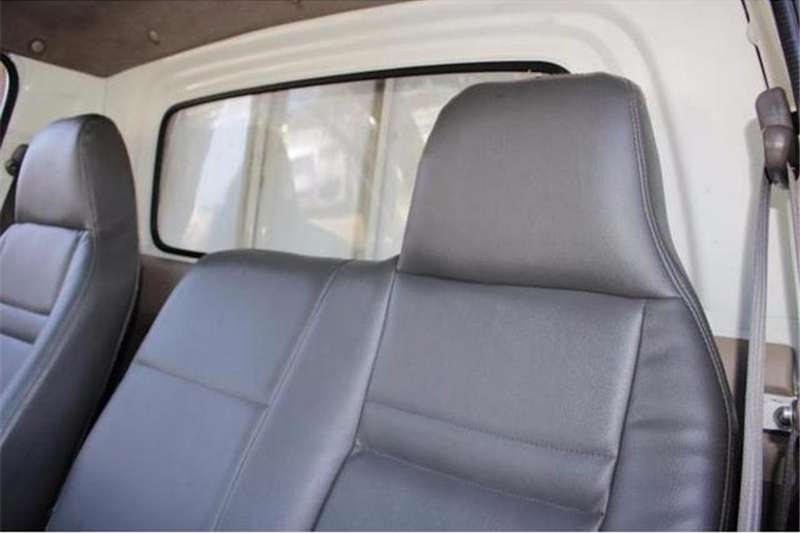 Hyundai Bakkie 2.6i D F/C D/S 2011