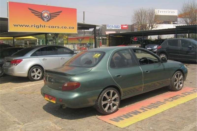 Hyundai Elantra 1.6 GL 1997