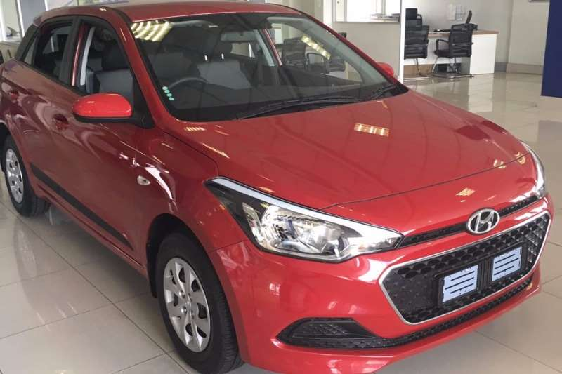 2017 hyundai i20 1 4 motion auto hatchback petrol fwd automatic cars for sale in gauteng. Black Bedroom Furniture Sets. Home Design Ideas
