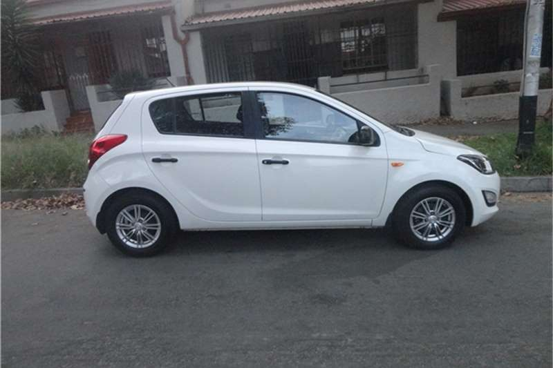 2014 hyundai i20 2014 manual hatchback cars for sale in gauteng r 120 000 on auto mart. Black Bedroom Furniture Sets. Home Design Ideas